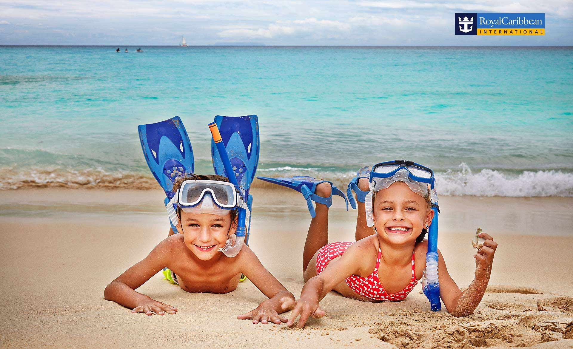 Brother and sister in snorkling kit